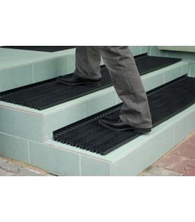 Protiskluzová schodová rohož z odolného PVC